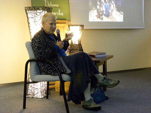 Spotkanie Autorskie Z Elżbietą Dzikowską