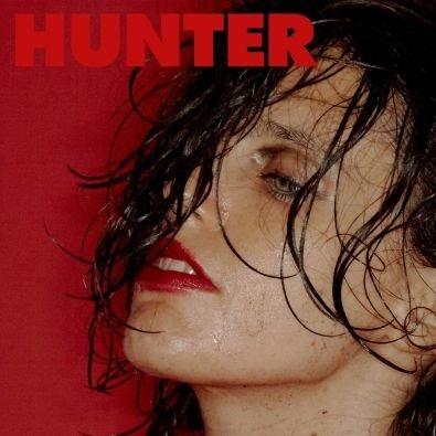 CALVI ANNA – Hunter