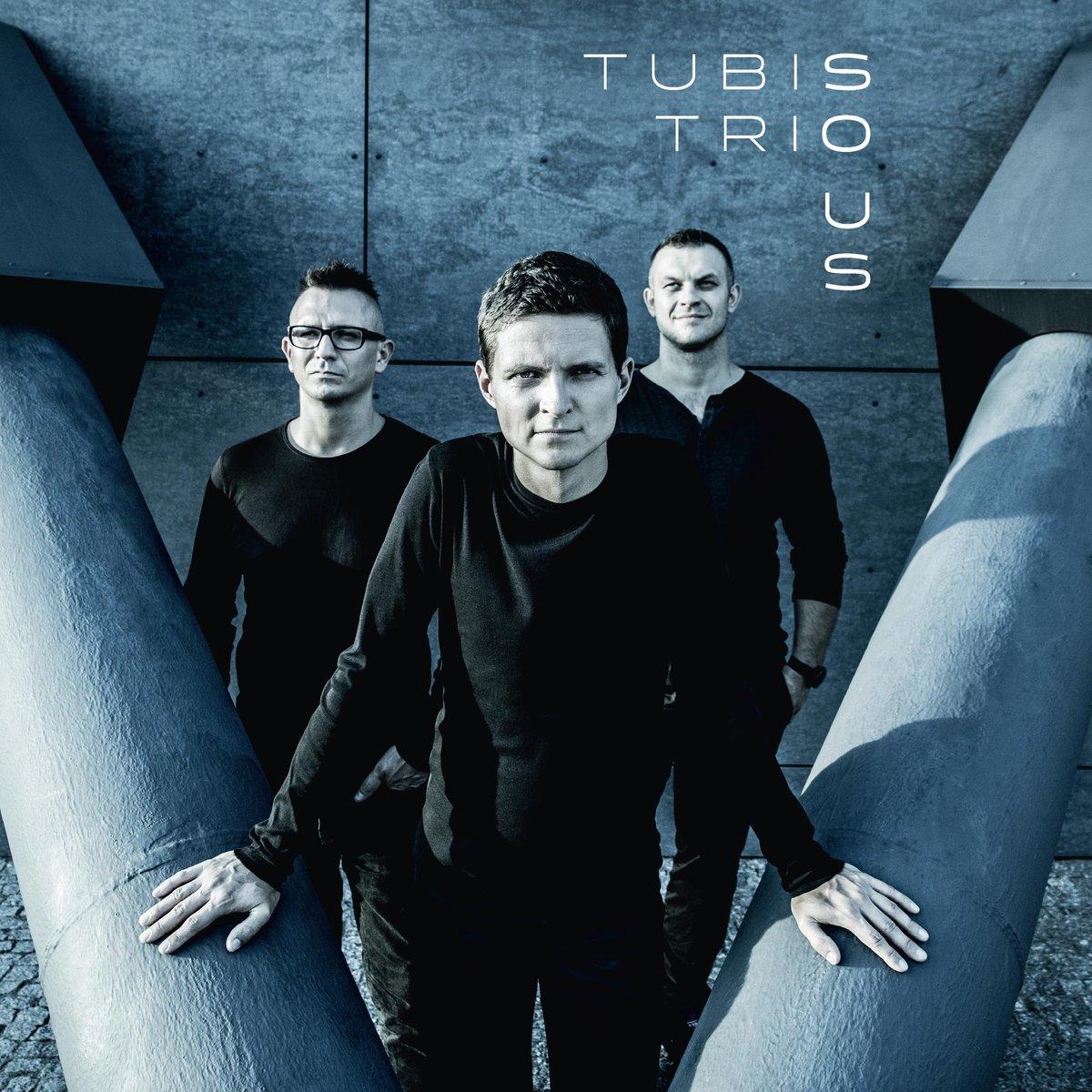 Tubis Trio – So Us