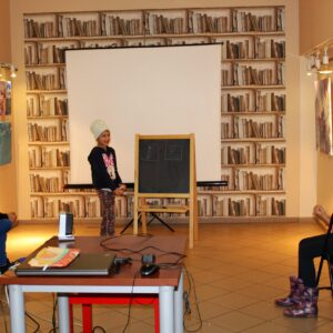 Noc Bibliotek F13 19