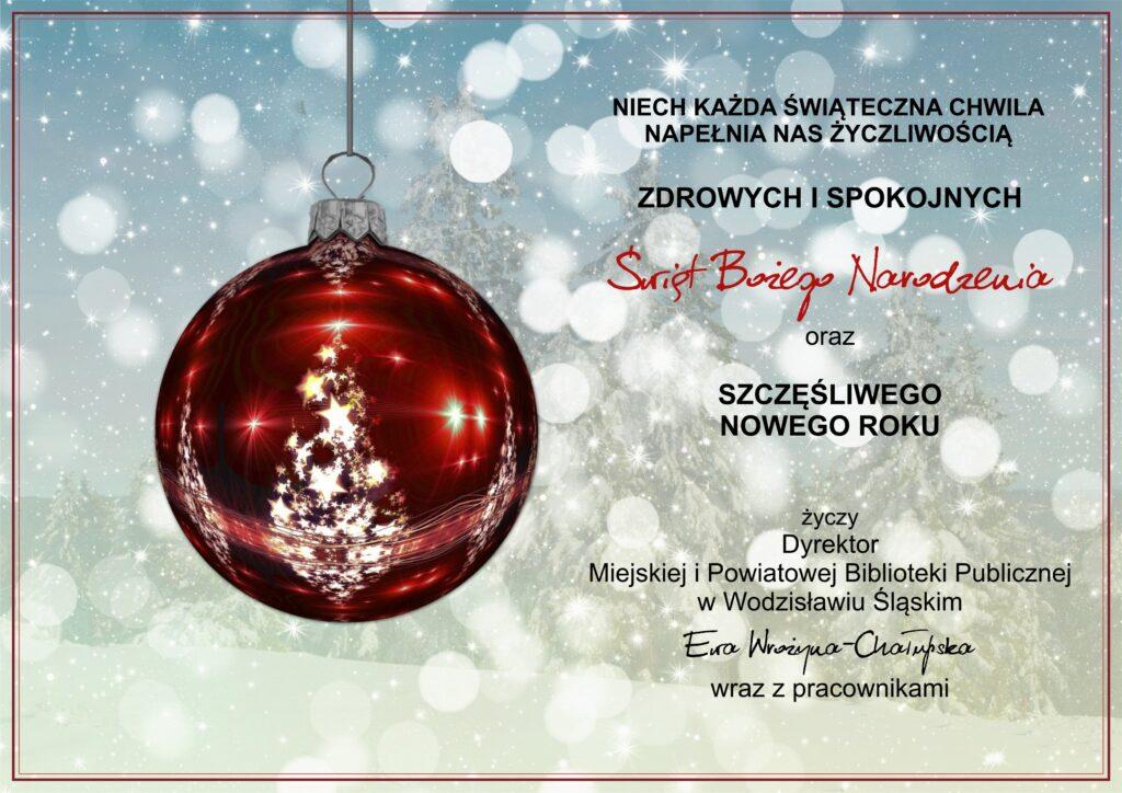 Życzenia bożonarodzeniowe - kartka online. Grafika z czerwoną bombką, w której odbijają się białe światełka i choinka.